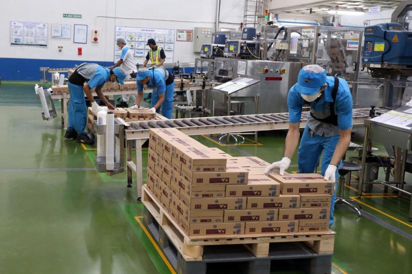 pekerja-pabrik-magang-di-jepang